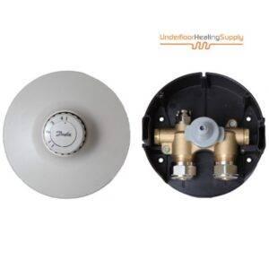 Single room thermostatic valve with sensor